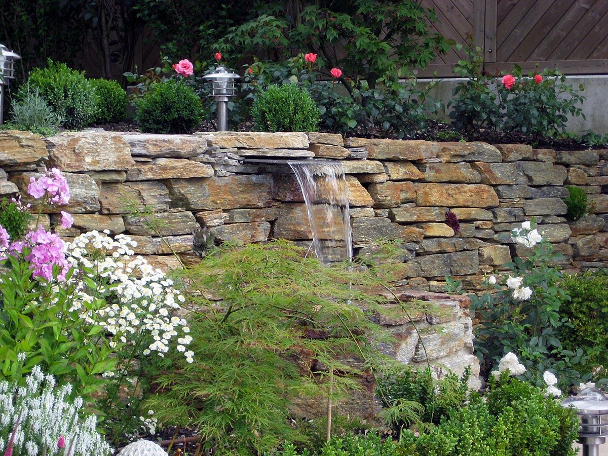 Gartengestaltung Teichbau Bachlauf