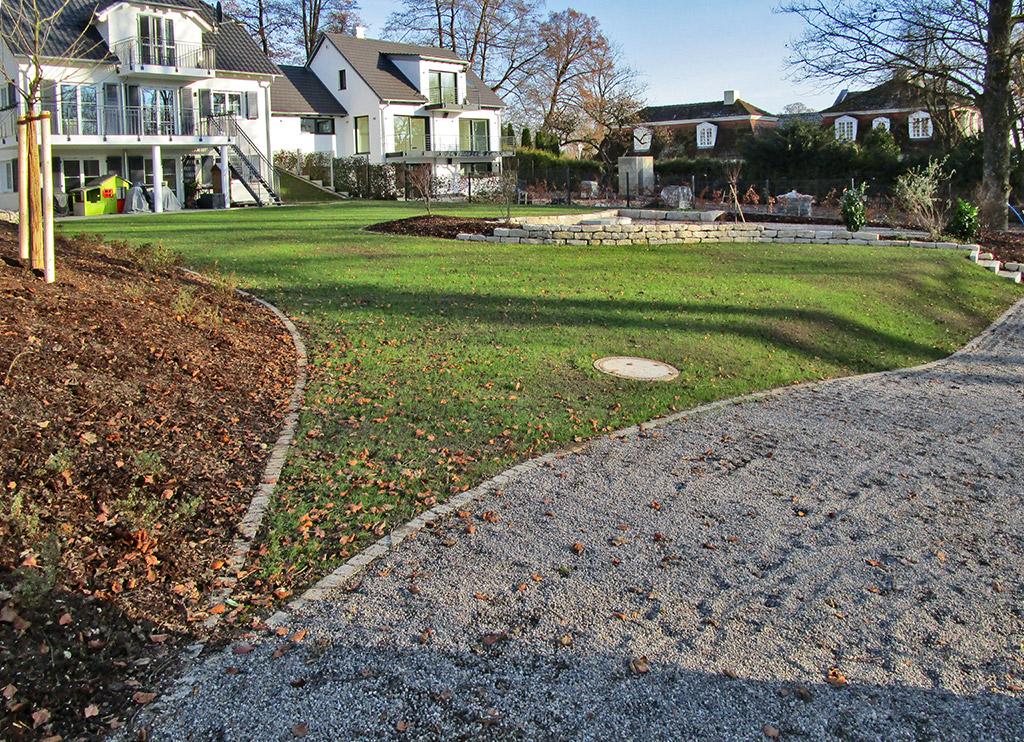 Planung und gestaltung eines privatgartens bei eching am for Gartenbeispiele gestaltung